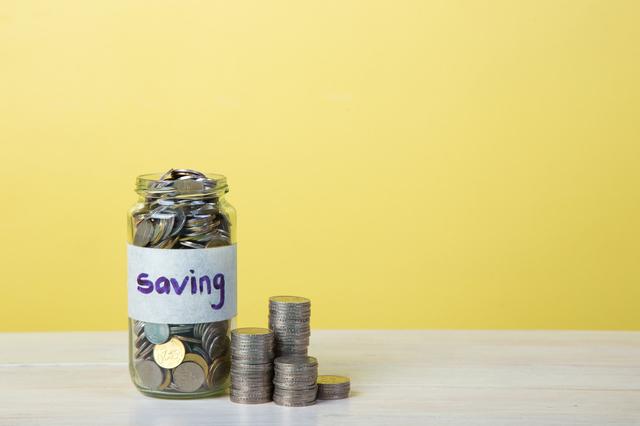 一人暮らしで貯金ってできるの?社会人になったら知っておきたい貯蓄のキホン
